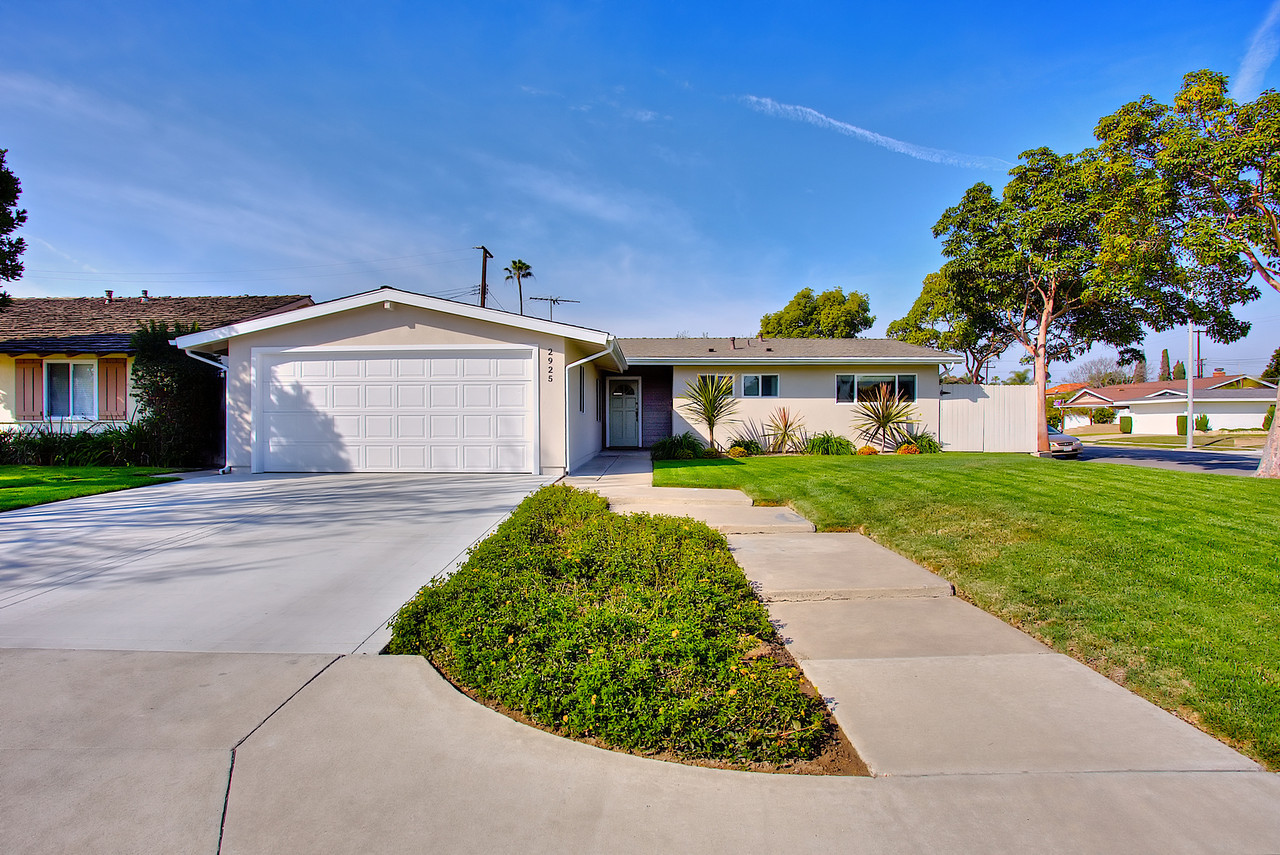 2925 chestnut, costa mesa ca 92626