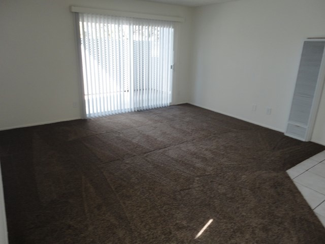 Thurin-Family Room