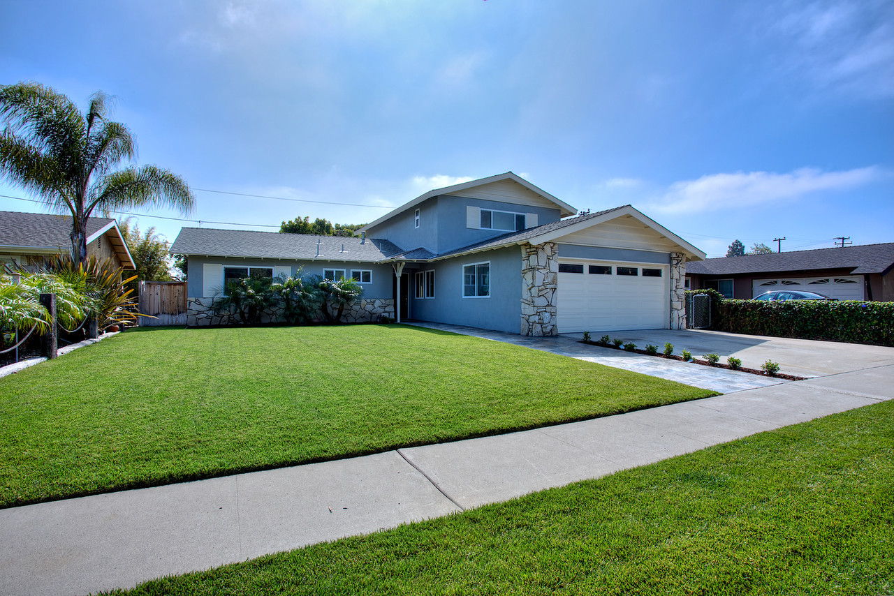 costa mesa sober living home